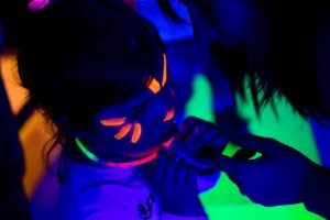 make up Fluo Party